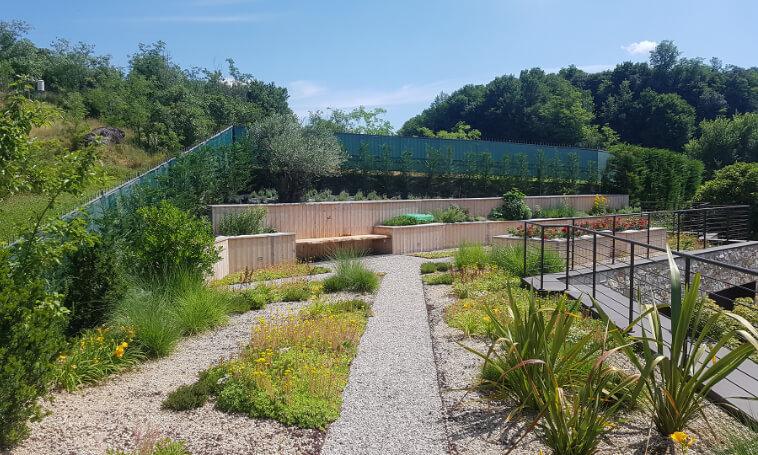 realizzazione giardini pensili verde blu